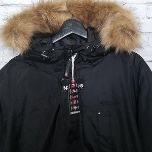 NWT Norway Geographical mens parka